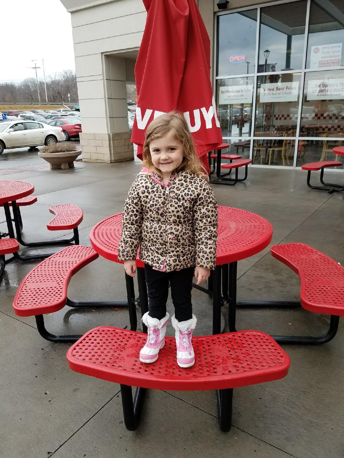 Jaelyn at 5 guys wardparkway aubrey owen